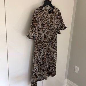 Mid dress animal print